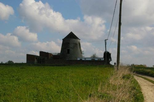 Hennuyères (77)